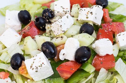 Grški solatni krožnik